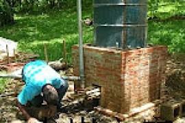 一种简易木炭生产和木醋液制备装置